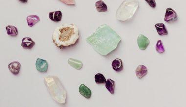 pierres de soi, cristaux, lithothérapie